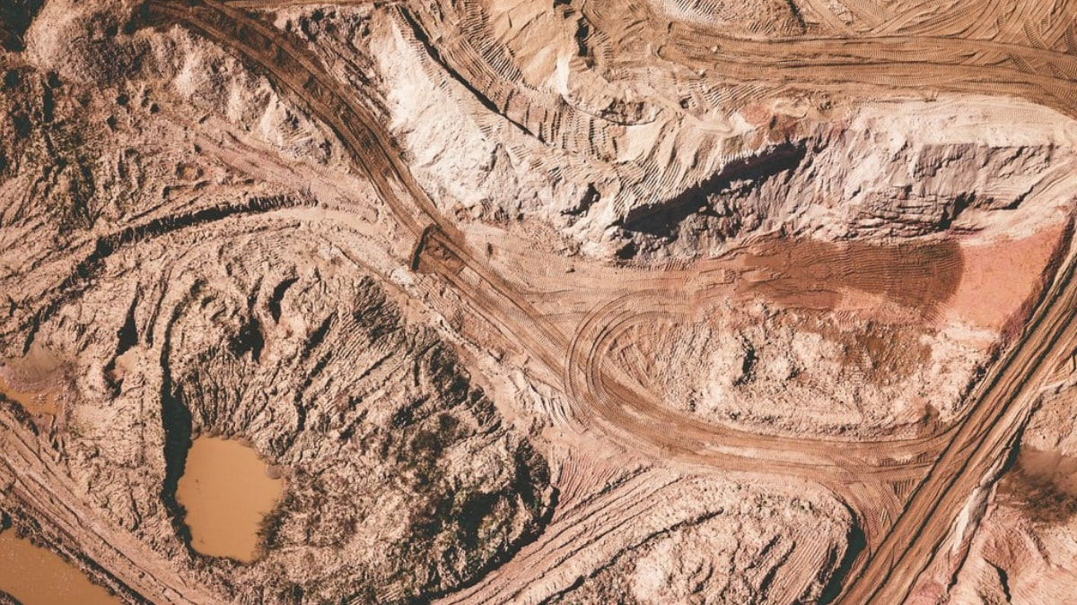 Cameroon Government To Collaborate With China on Mbalam Mining Project